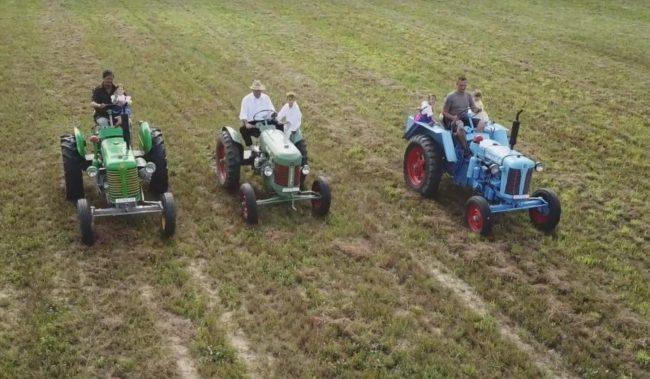 Na záhrade majú vlastnú zbierku poľnohospodárskych veteránov!