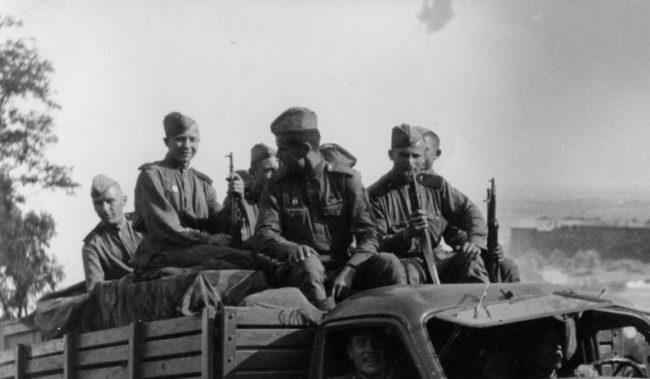 SPOMIENKA | 75.výročie oslobodenia obce Závod